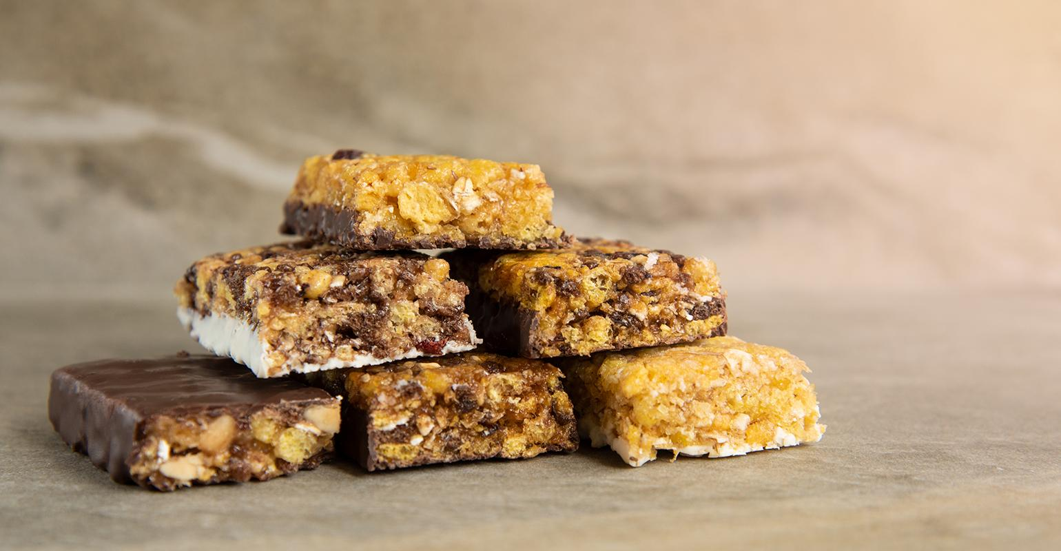 Crowded Market Forcing New Innovations In Nutrition Bars Food Beverage Insider